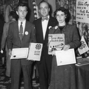 old award winers from the 1940's